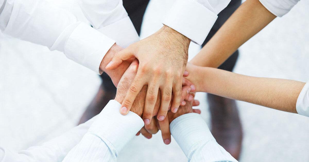 社内表彰を目標にしてチームの団結力をアップ